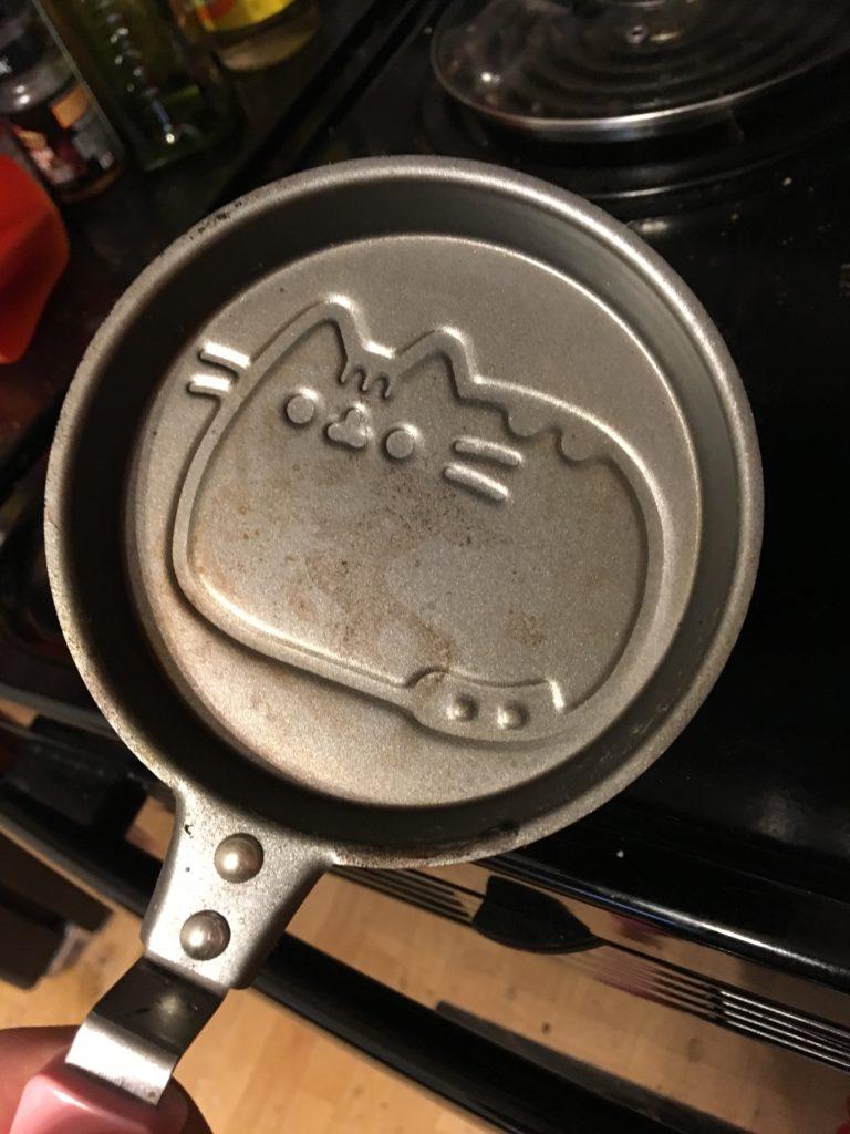 Pusheen Pan